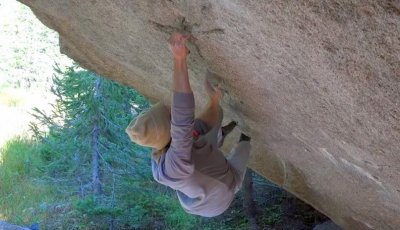 "Daniel Woods first ascent ""Box Therapy"" 8C+"
