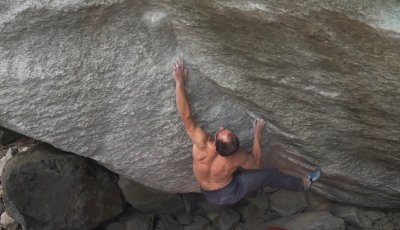 "Bernd Zangerl in ""Il Colonel"" sds (first ascent)"